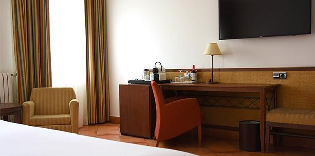 Hesperia Toledo Hotel room