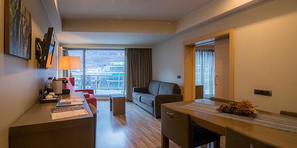 Habitación Suite con terraza Hesperia Andorra La Vella