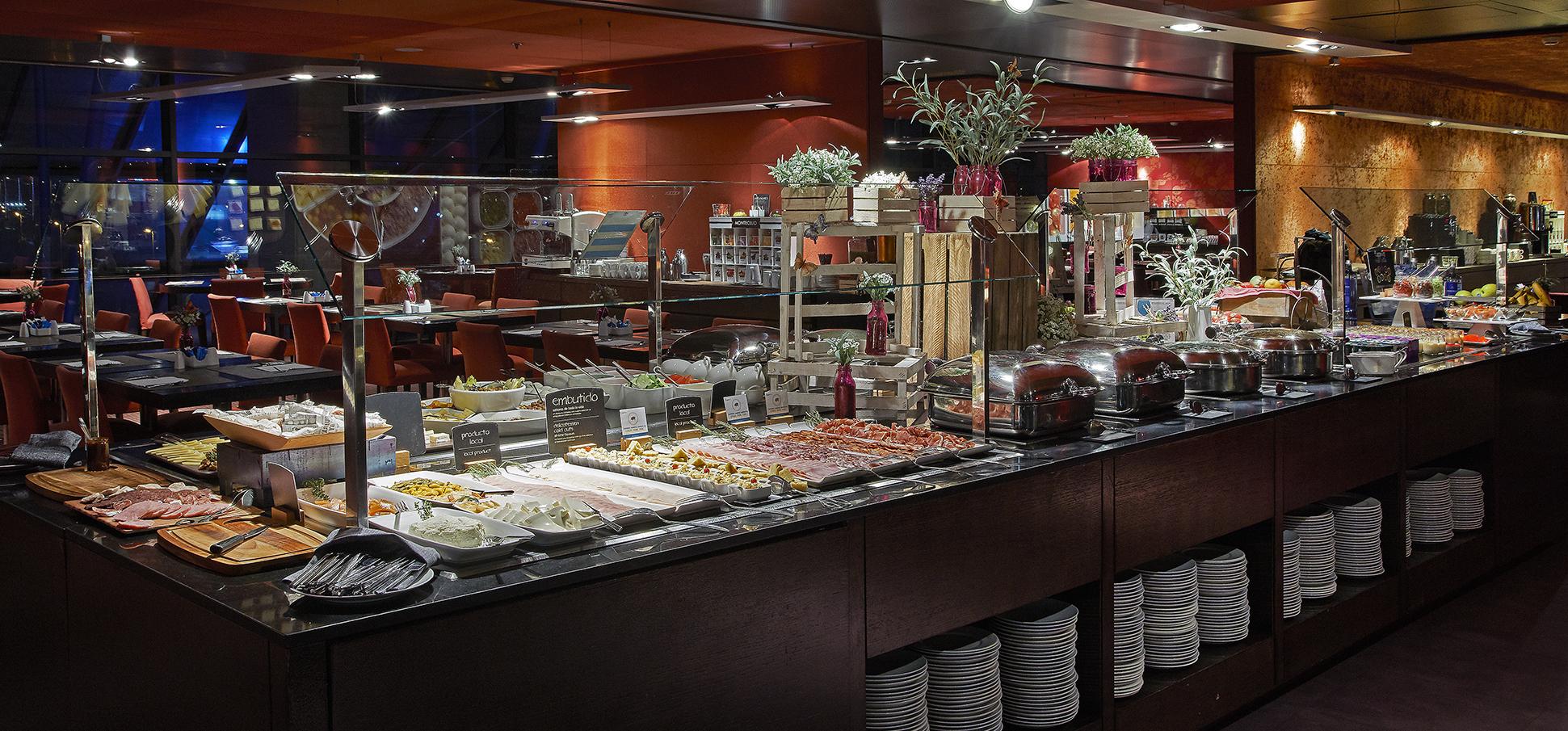 Desayuno en el Hotel Hesperia Barcelona Tower