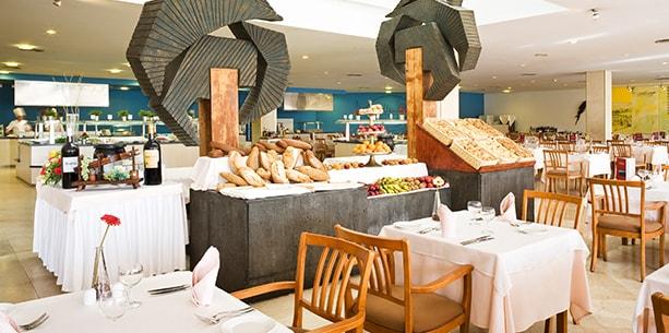 Restaurante Papagayo del Hotel Hesperia Playa Dorada