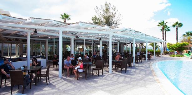 Bar Palapa del Hotel Hesperia Playa Dorada