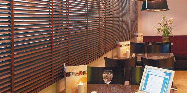El Punt Bar de l'Hotel Hesperia Zaragoza Centre