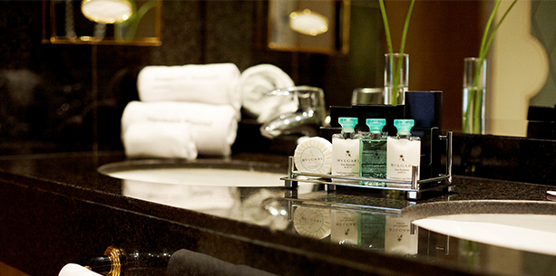 Baño de la habitación del Hotel Hesperia Madrid
