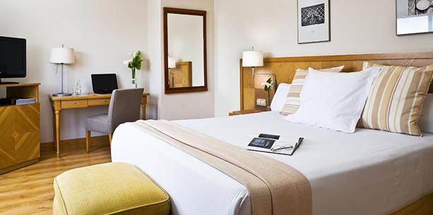 Habitación Suite del Hotel Hesperia Vigo