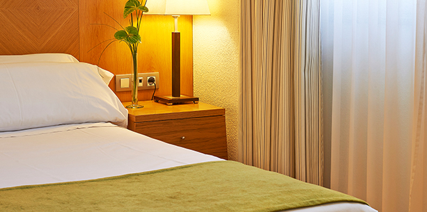 Habitación junior suite del Hotel Hesperia Barcelona Sant Just