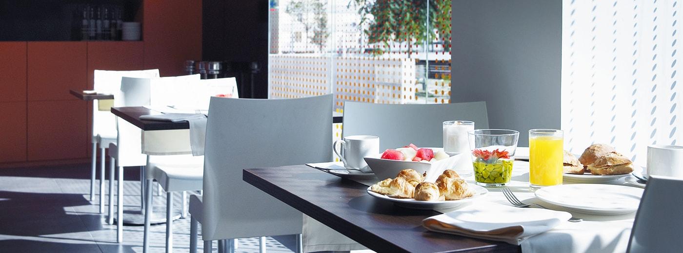 Restaurant Hotel Hesperia Fira Suites Barcelona