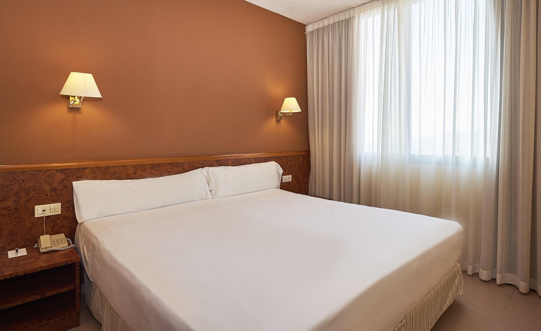 Habitación del hotel Hesperia Sant Joan